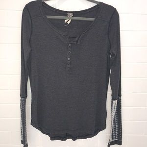free people gray top!